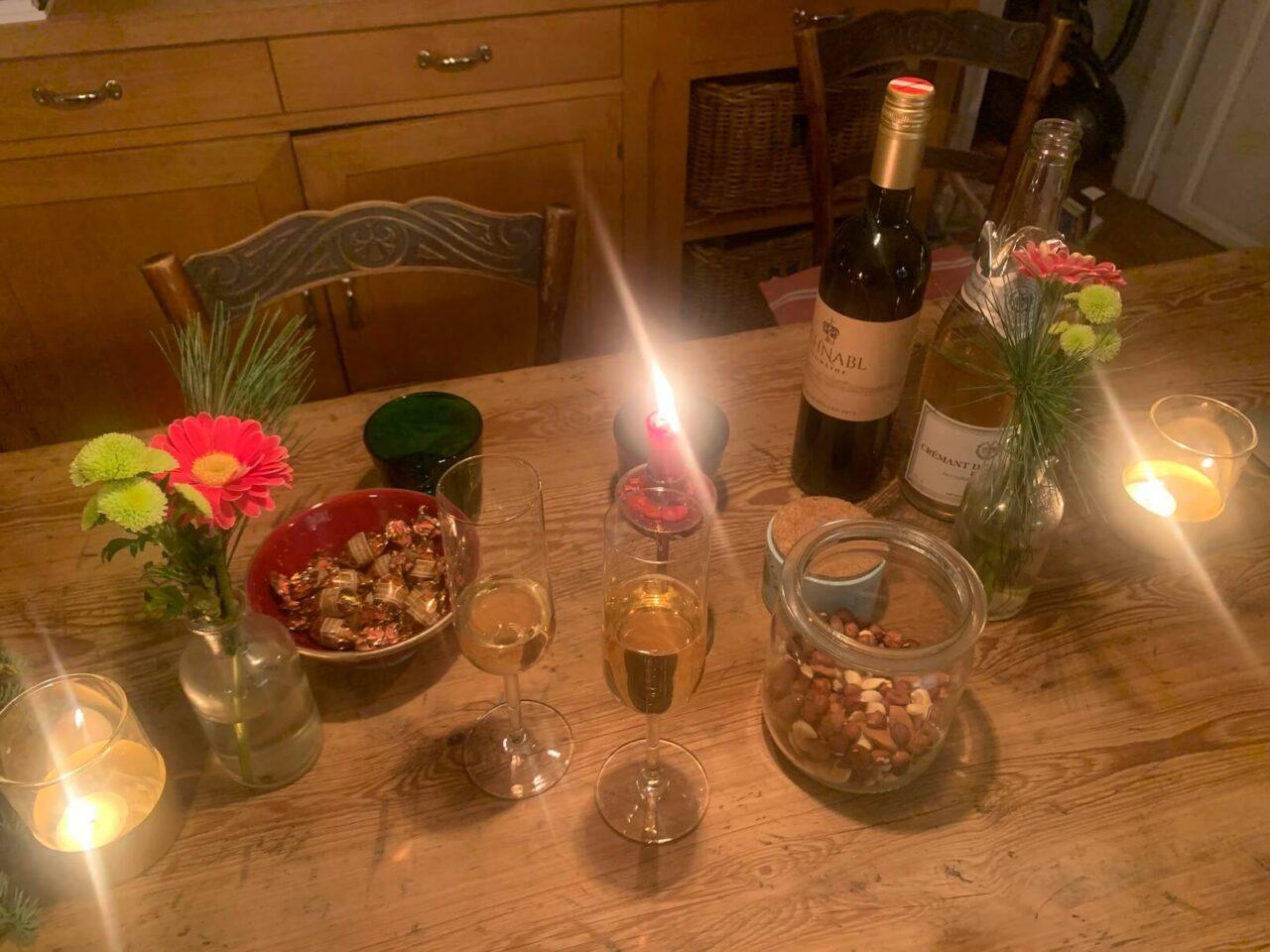 Tisch mit Deko